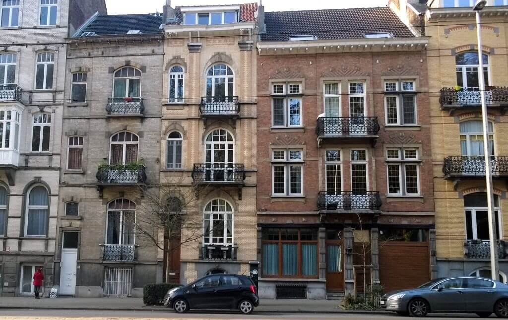Weekend in Brussels - Narrow house