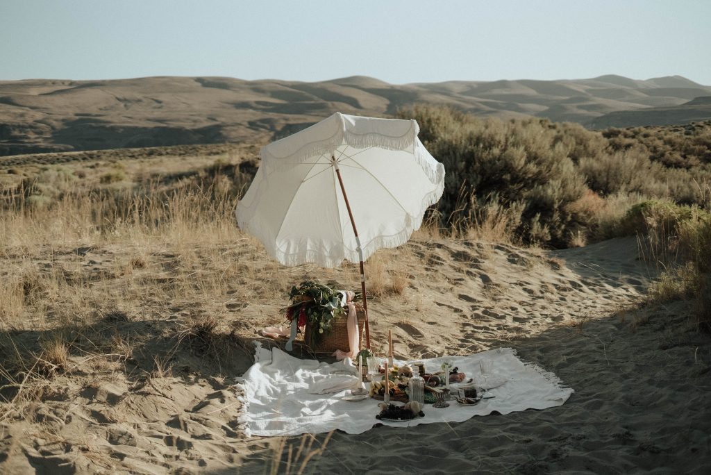 Mother's Day Travel Ideas - organize a picnic